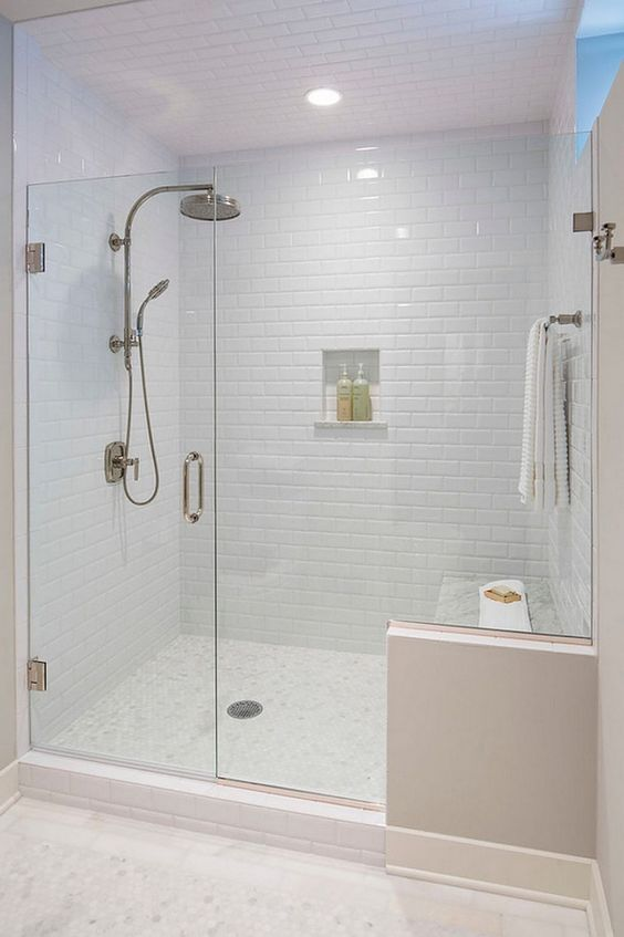 SHOWERS VS. BATHTUBS: THE PRO'S AND CONS! Click to see more! | VIGO Industries - VIGO Shower - Shower Doors and Enclosures - Minimalist Bathrooms - Bathroom Design Ideas - Bathroom Remodels - Home Interior