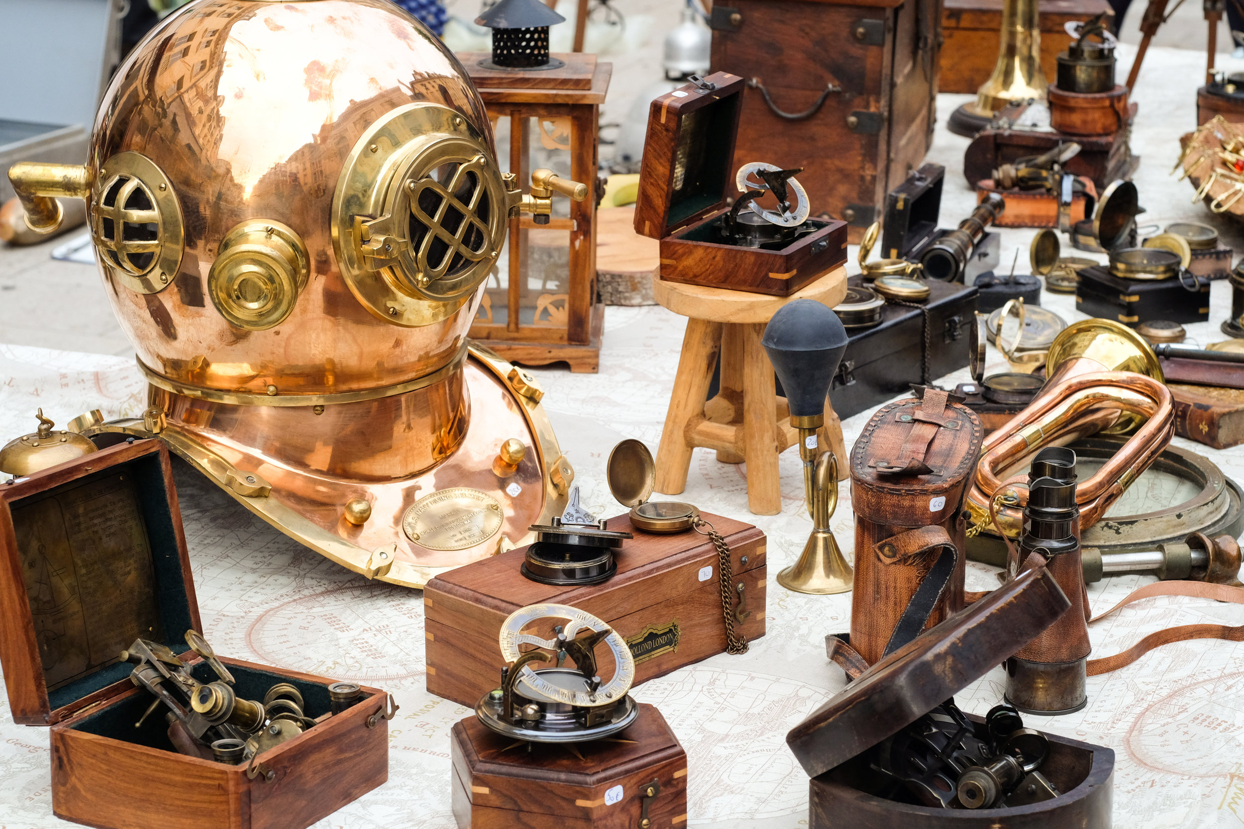 Just look at that copper diving helmet