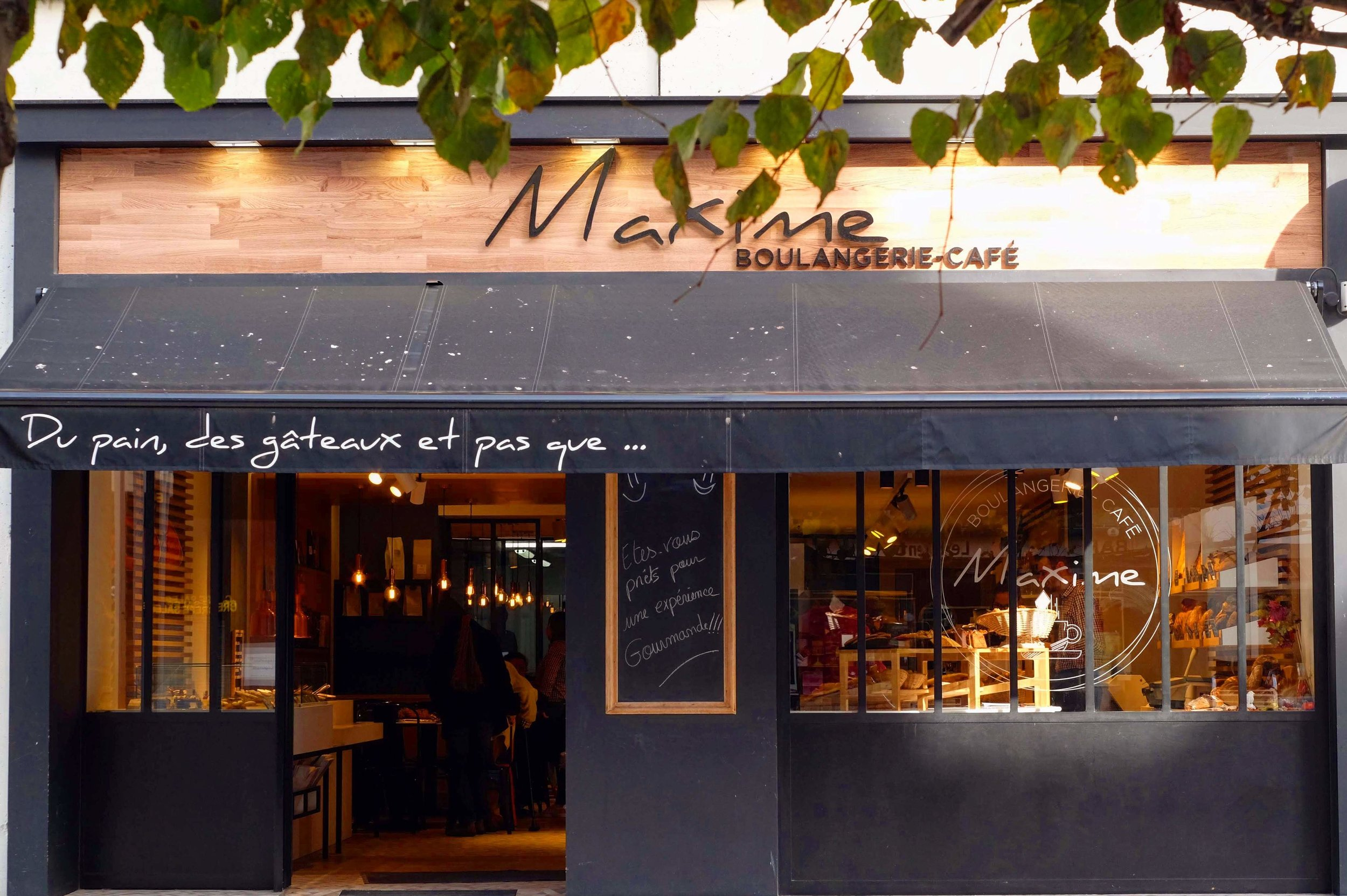 Maxime Boulangerie Café in Amiens, France