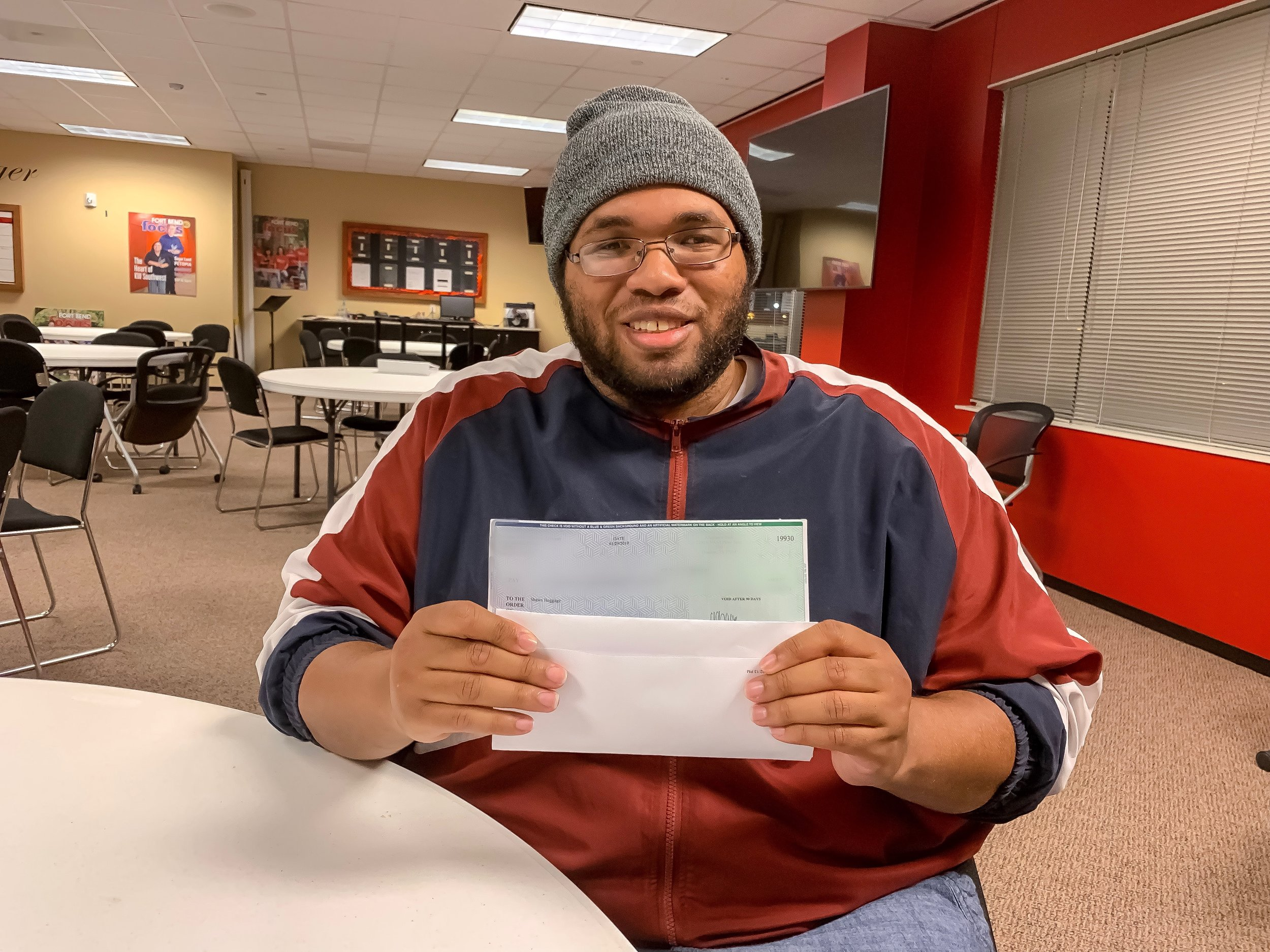 NEW FLIP MOGUL STUDENT CLOSES FIRST DEAL - Shawn is started off his 2019 off right by accomplishing one of his biggest goals. With the help of Flip Mogul he has closed his very first real estate deal! After years of being involved in the real estate industry, Shawn shares his story and gives some great advice to others who are looking to get started!