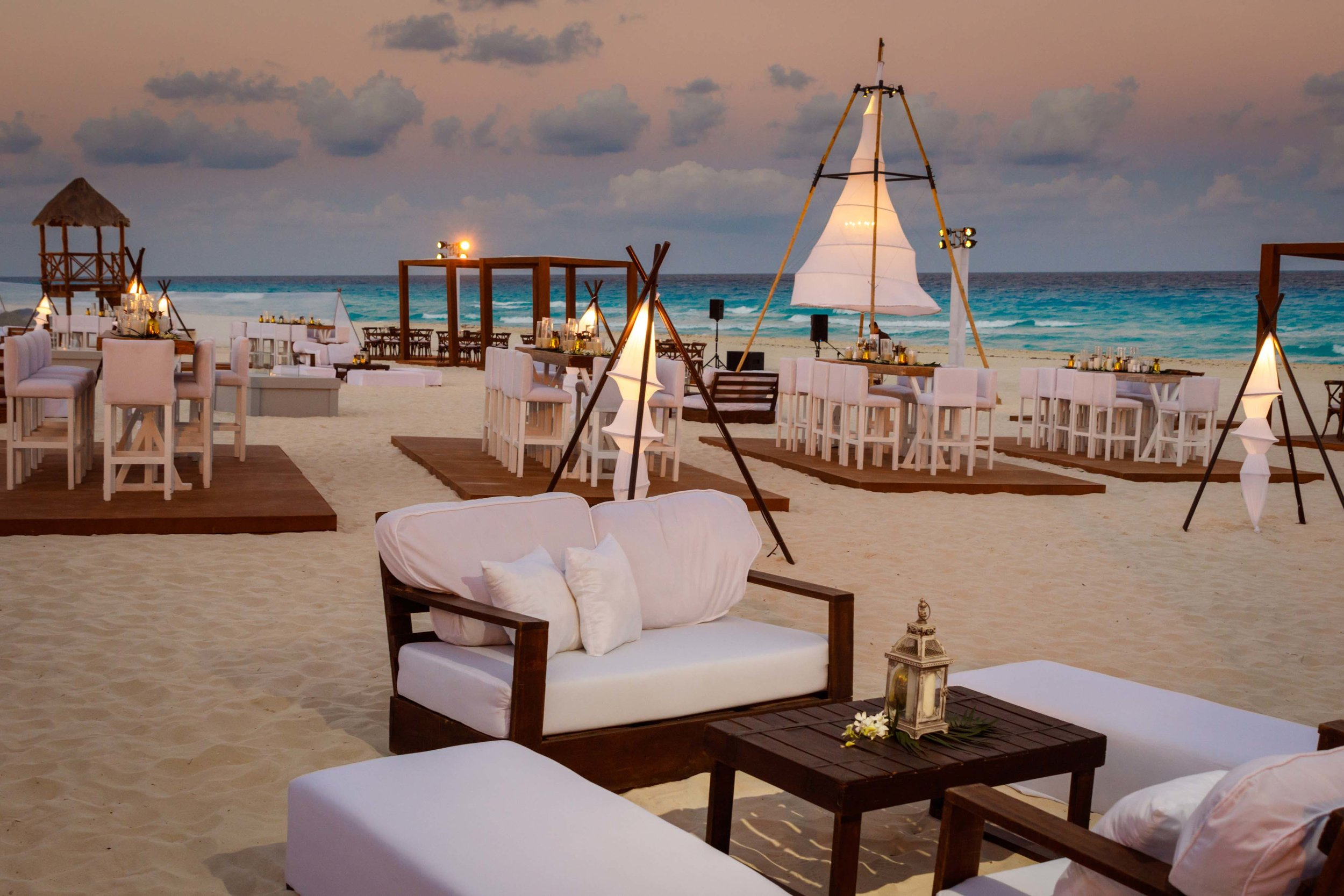 Cancun Beach Party -