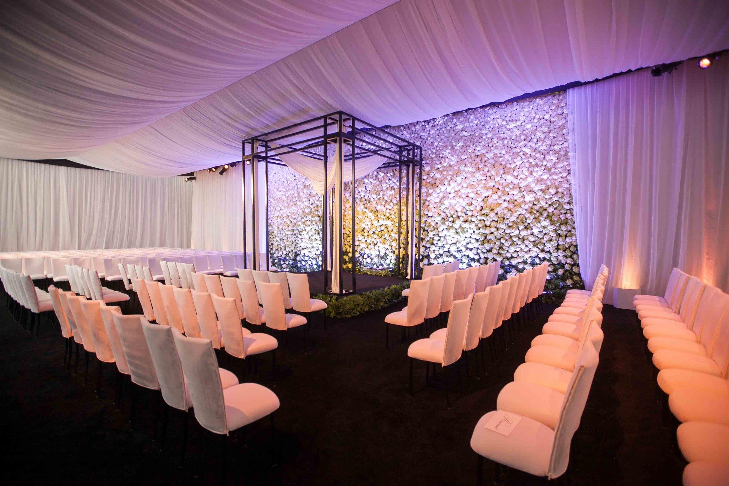 A White Wedding -