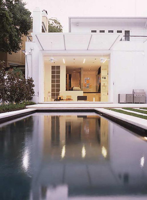 02a-Levinas Residence.jpg