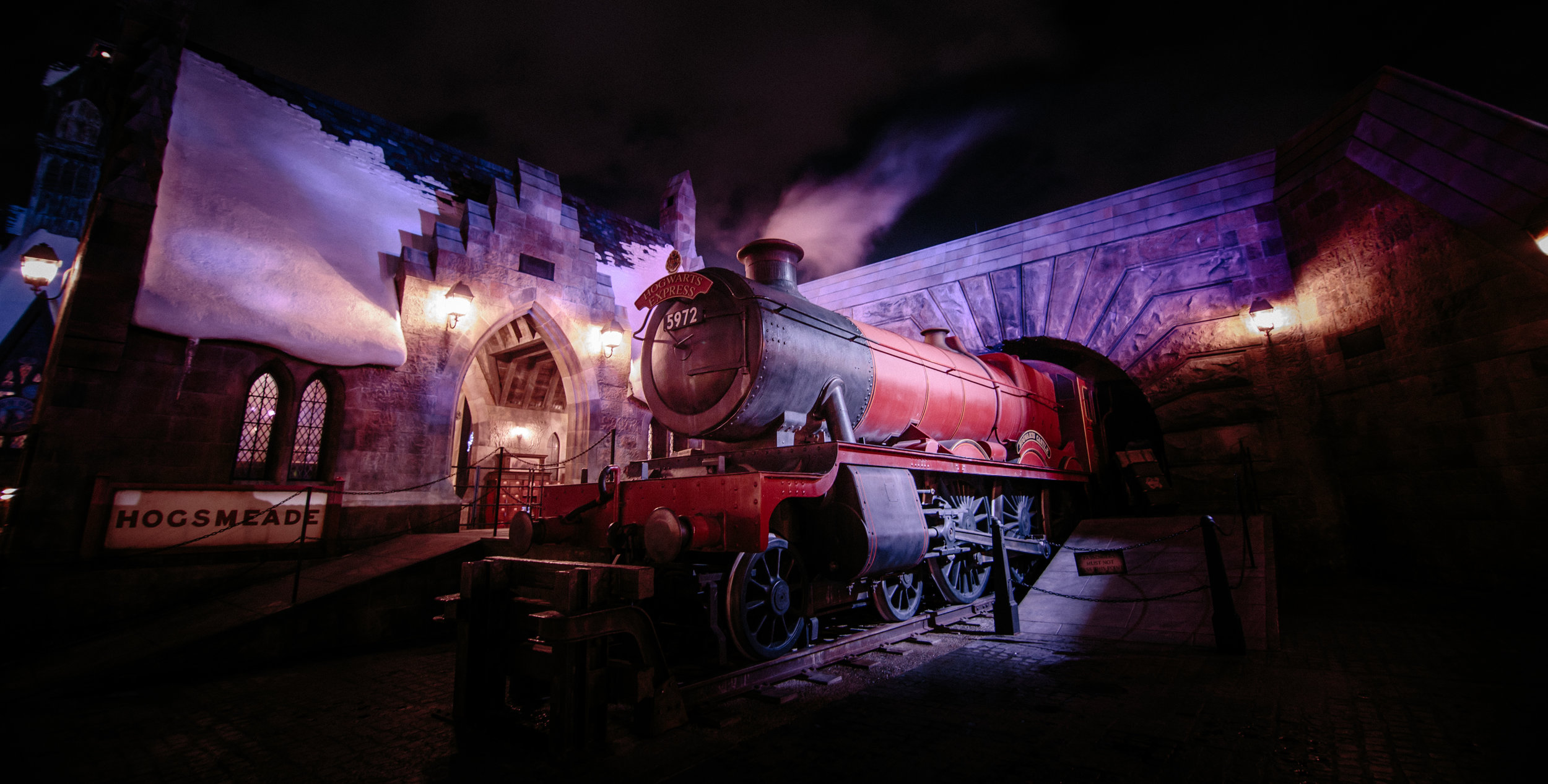 Did you know? - With a Park-to-Park ticket, you can travel using the Hogwarts™ Express between King's Cross Station in London at Universal Studios Florida™ and Hogsmeade™ Station in Universal's Islands of Adventure™ to visit both sections of The Wizarding World of Harry Potter™.