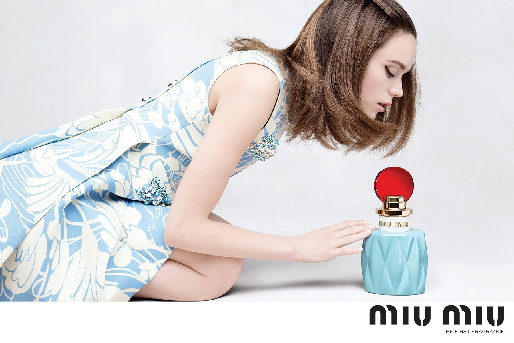 miu-miu-fragrance-campaign-stacy-martin.jpg