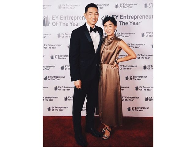 So proud of my husband who got recognized last weekend at the EY Entrepreneur of the Year Los Angeles. It was amazing to see him get a night off and get recognized for his hard work aka obsessively creating, studying, learning, sacrificing and most of all just doing it and putting himself out there everyday. Still can't believe how drawings on paper and post it notes have created a life of its own and into a company. . . But in all seriousness, I almost didn't recognize my husband when he came out wearing a tux! 😍🥰 #allthefeels #eyentrepreneuroftheyear #5years #5dogyears