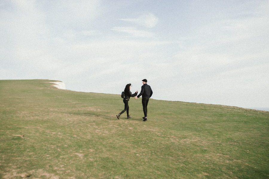 Jennifer-and-Henry-Beachy-Head-Couples-Photography-0026-1024x682.jpg