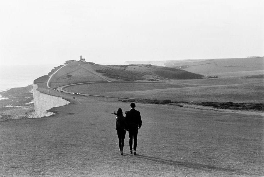 Jennifer-and-Henry-Beachy-Head-Couples-Photography-0049-1024x686.jpg
