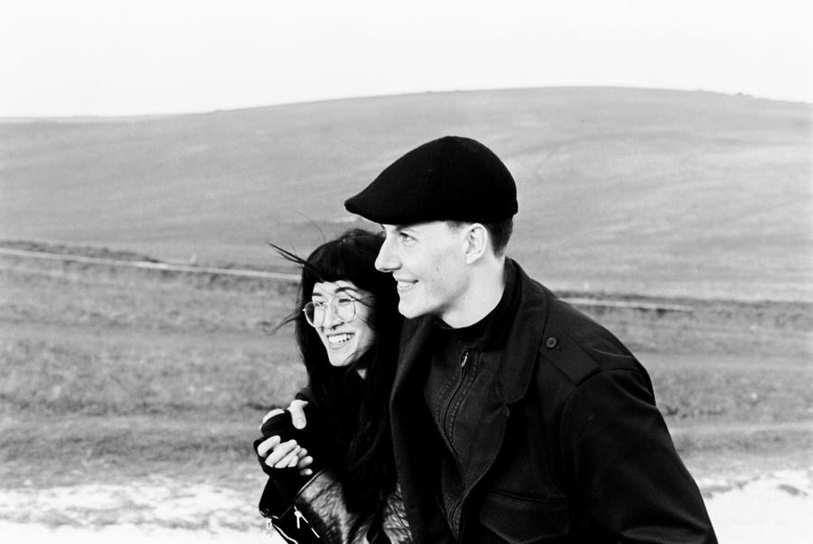 Jennifer-and-Henry-Beachy-Head-Couples-Photography-0057-1024x686.jpg