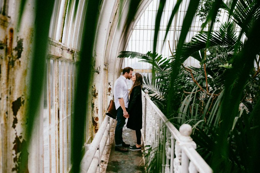 Kew-Gardens-Couple-Photographer-0040-1024x682.jpg