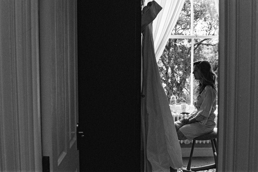 Black-and-white-film-wedding-photographer-00033.jpg
