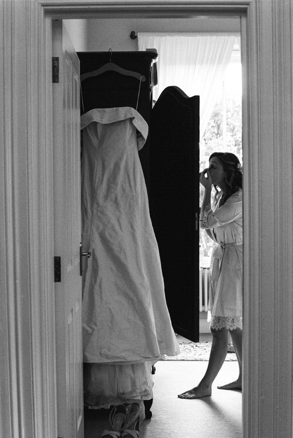 Black-and-white-film-wedding-photographer-00035.jpg