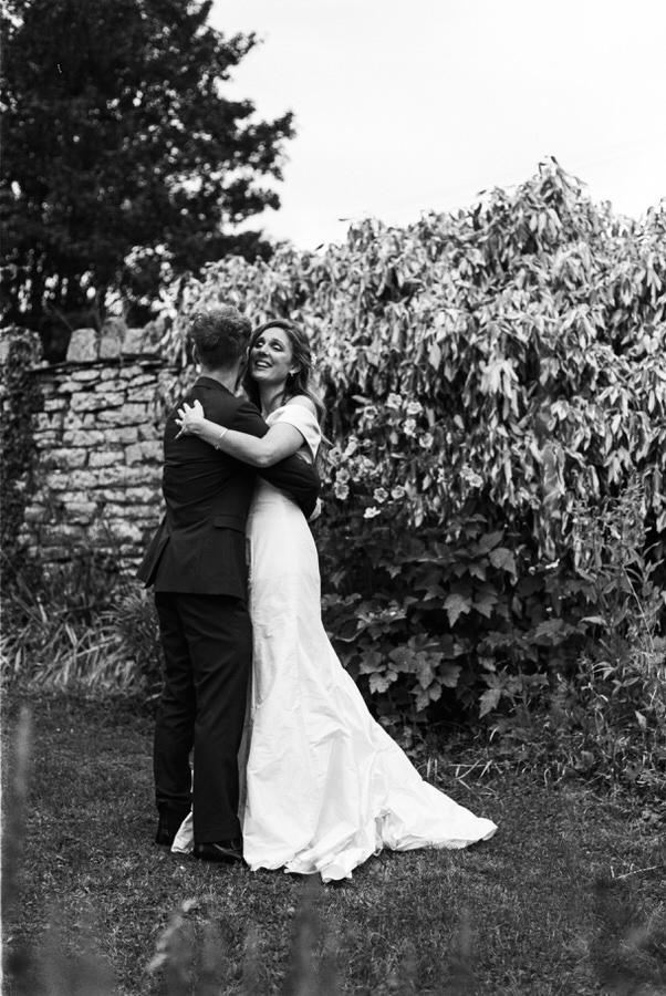 Black-and-white-film-wedding-photographer-00046.jpg