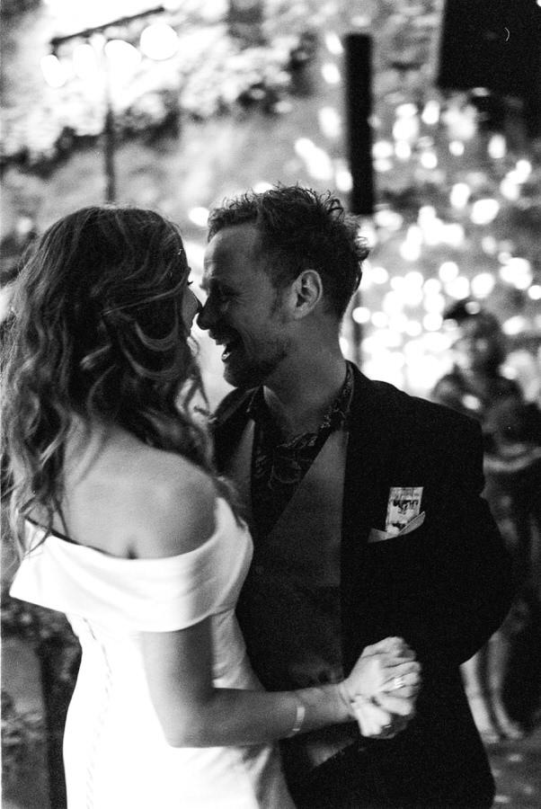 Black-and-white-film-wedding-photographer-00053.jpg