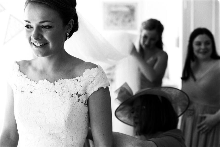 Black-and-white-film-wedding-photographer-00080.jpg