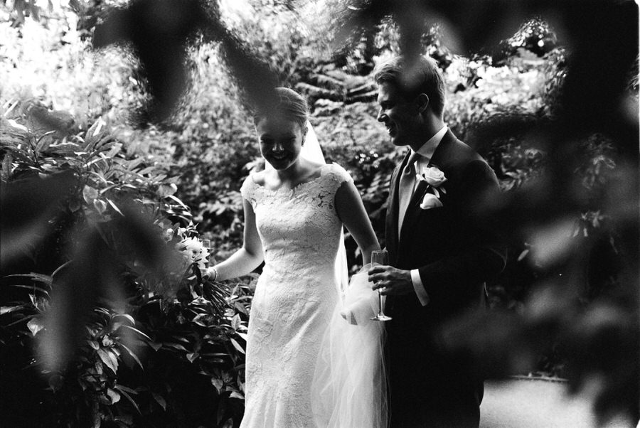 Black-and-white-film-wedding-photographer-00085.jpg