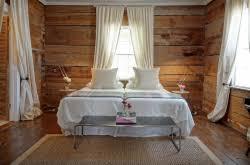 Winn House bedroom.png