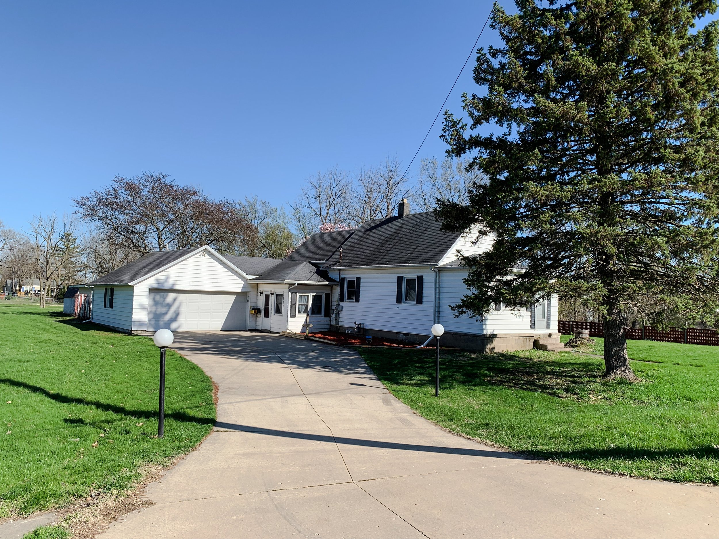 Hickory Three Oaks, MI Rental (8).JPEG