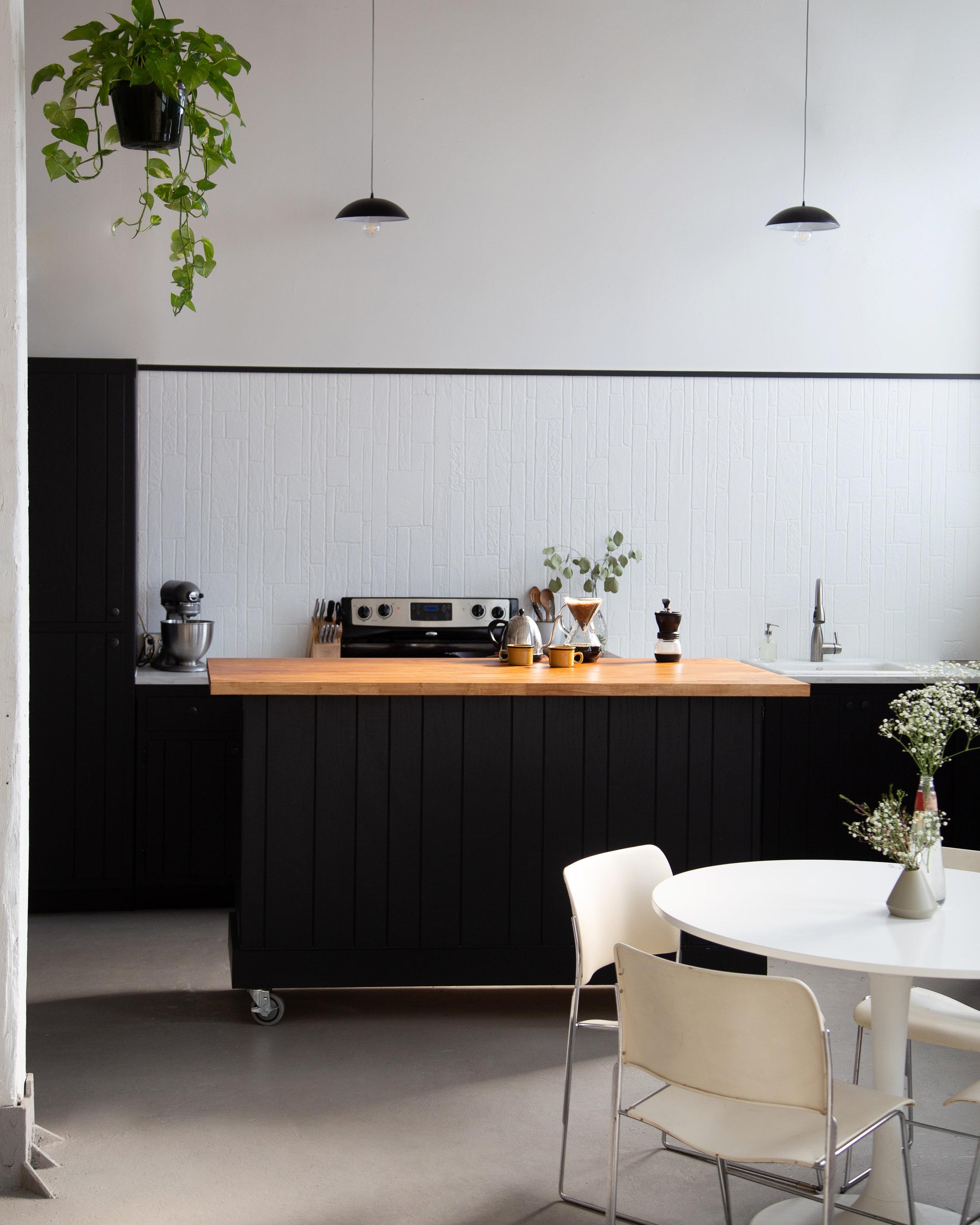 Good-Pepper-Studio-Chicag-Test-Kitchen-Photography-Rental.jpg