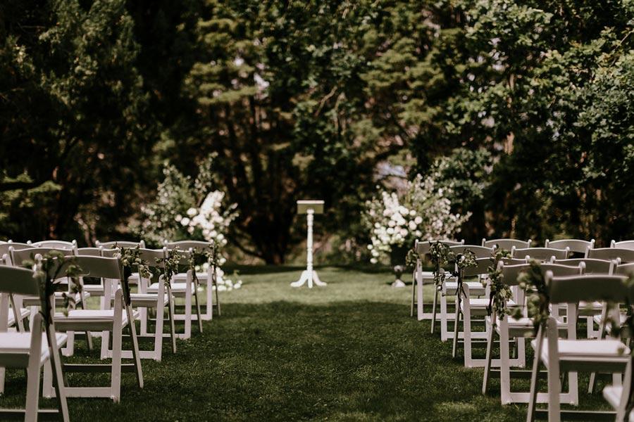 Hopewood+House+-+Weddings+-+Constance+&+Nick+-+Shot+3+-+Outdoor+Garden+Ceremony.jpg