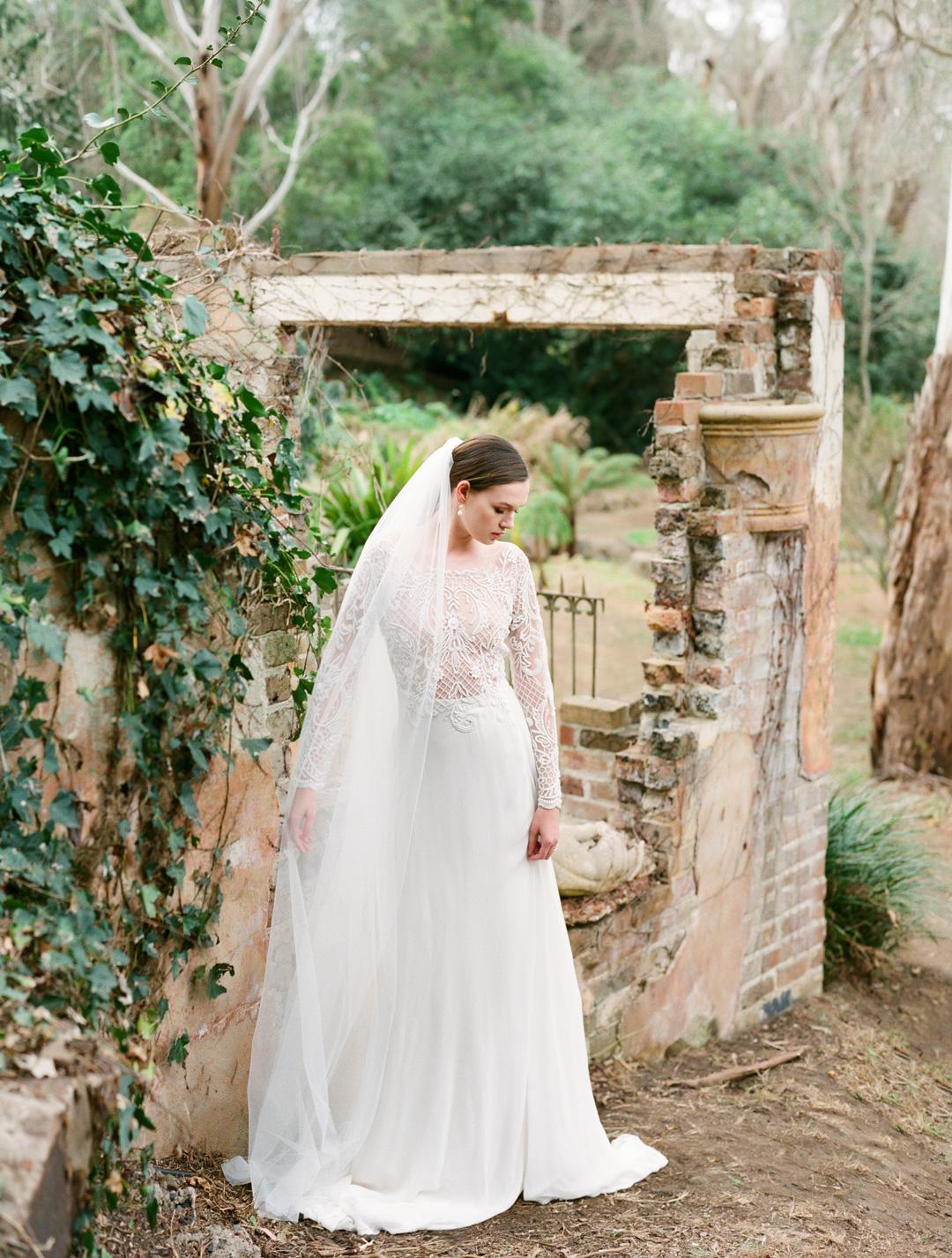 Hopewood-House-Natures-Embrace-Photoshoot-Amelia-Soegijono-Photography-3.jpg