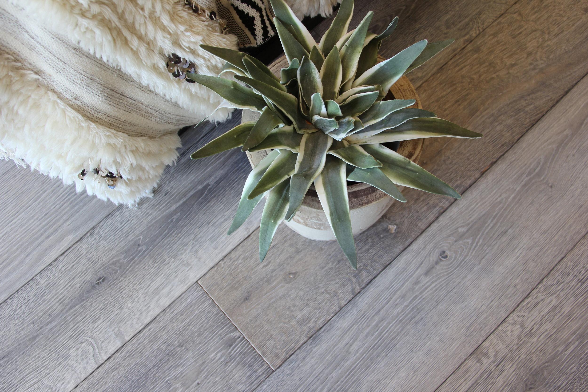 Distressed Oak Floor.JPG