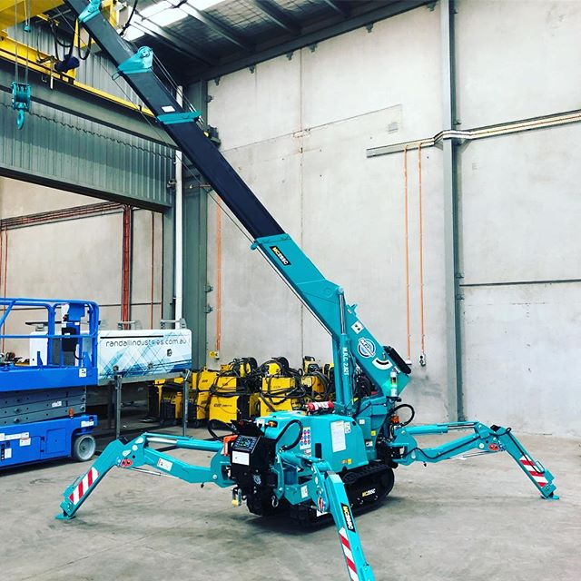Latest Addition to the Randall's Fleet. Maeda 285C-3 allows steel installation in areas not normally accessible for any other crane. Always a pleasure to deal with  @pacecranes . . . . . . #maeda #minicrane #minicranes #steel #design #metal #mobilecrane #crane #lifting #architecture #welding #construction  #fabrication #engineering #photography #metalwork #weld #industrial  #welder #melbourne #australiansteel