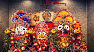 The  murti  (idol) of Jagannath is usually made from a wooden stump, carved and decorated to depict a smiling face, often adorned with lavish clothes and flowers.