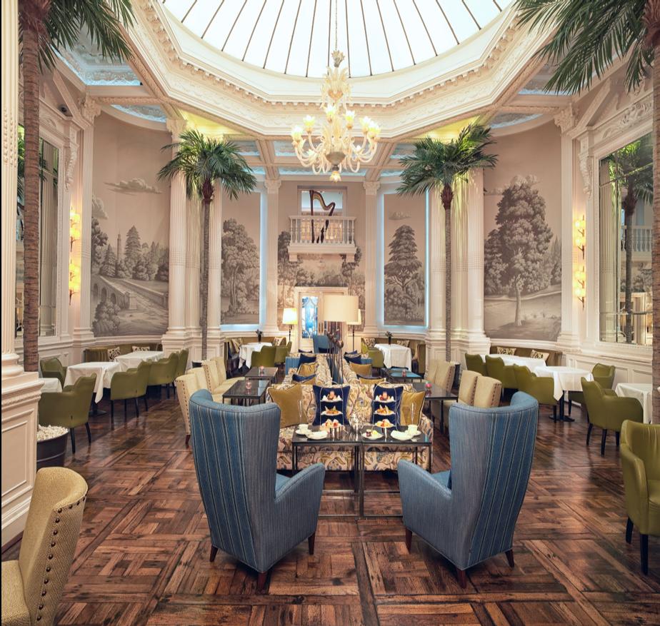 Restauranten på elegante Balmoral Hotell er et imponerende skue.