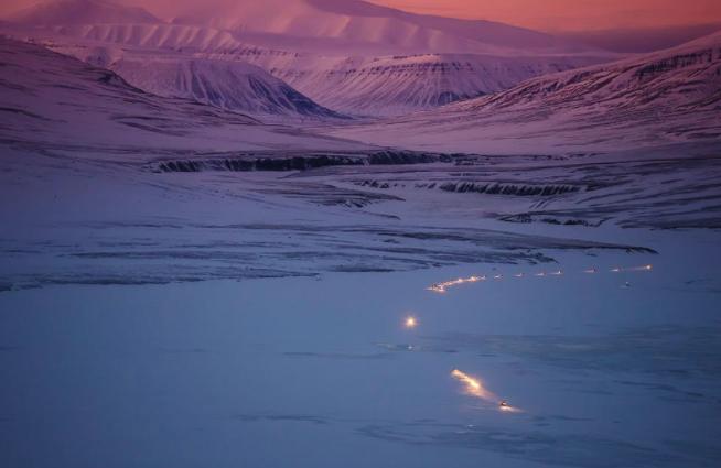 Snøscooterkjøring på Svalbard