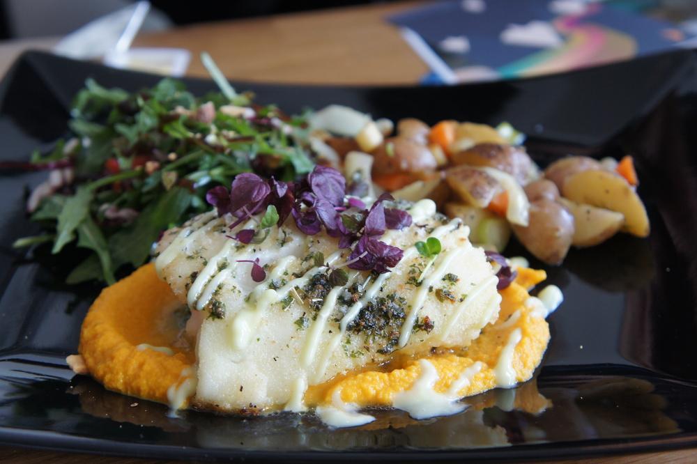 Deilig fiskemiddag lekkert presentert på en av Reykjaviks mange restauranter