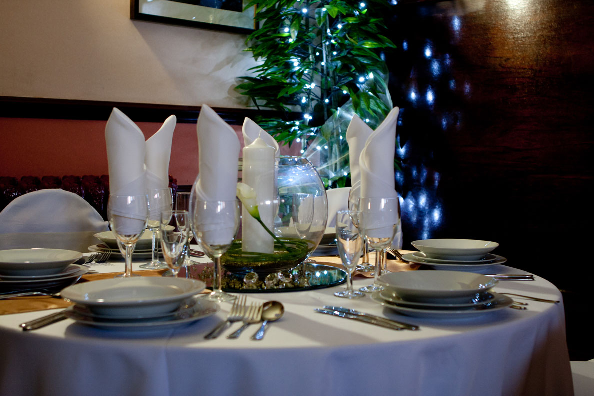 Wedding-table-1757w.jpg