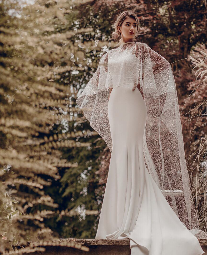 / 12 - STEPHANIE ALLIN | SUSANNAH / DOKOTA CAPEA classic Stephanie Allin gown. Impeccable fit, figure enhancing, classic yet modern and the ablility to be styled to your liking.