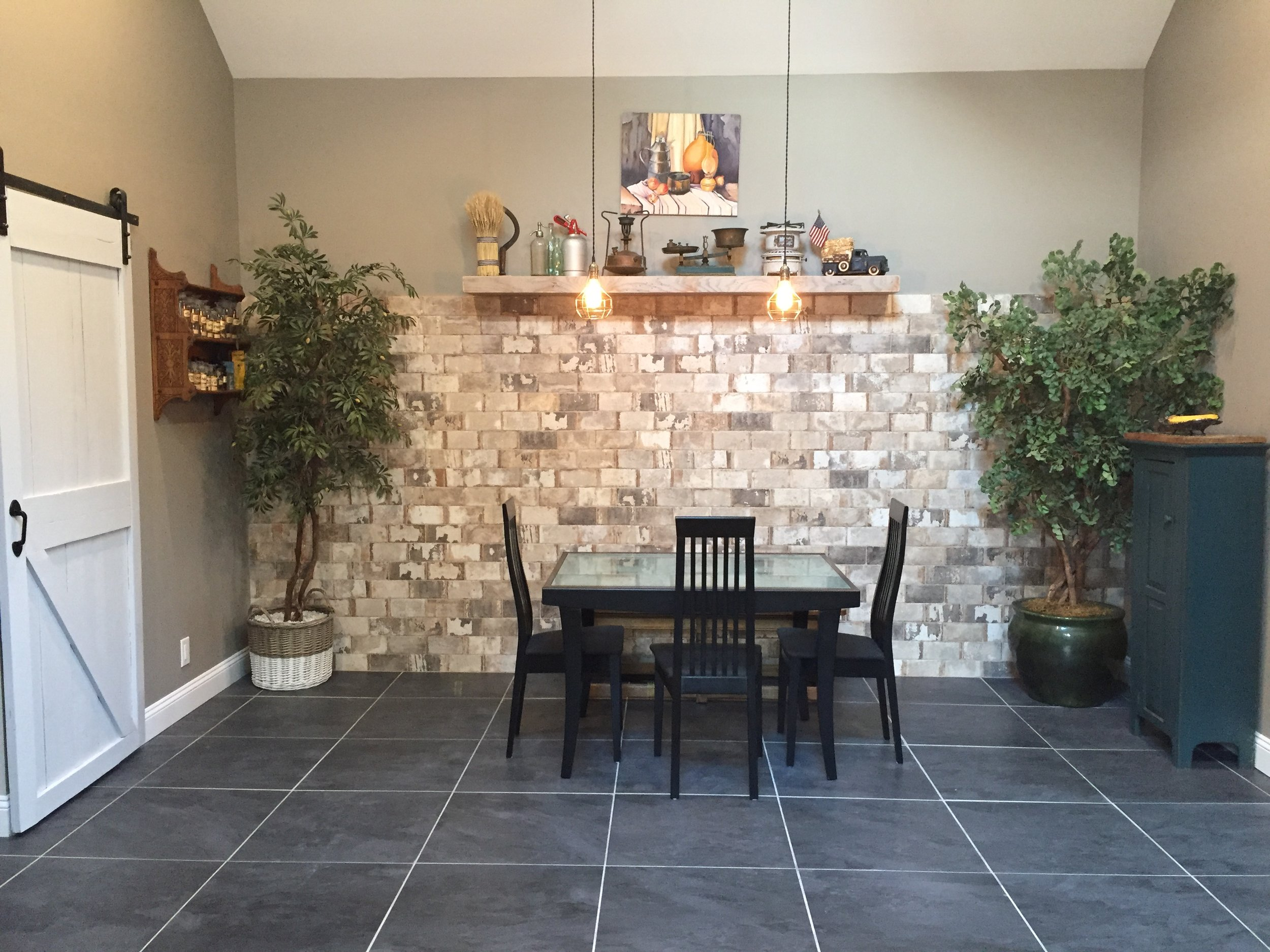 In-Law Suite Dining Area