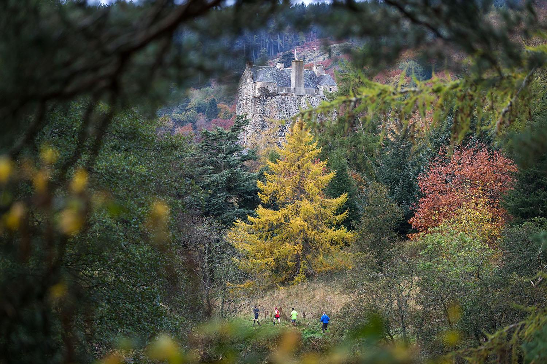 Runners beneath Neidpath Castle, credit Ian Linton Photography.jpg