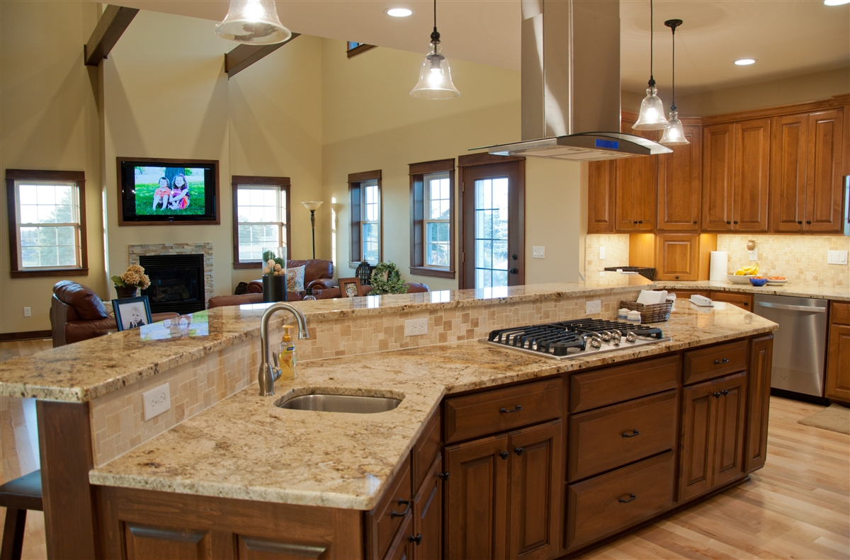 custom-home-build-kitchen-island-jamestown-nd-Nill-Construction.jpg