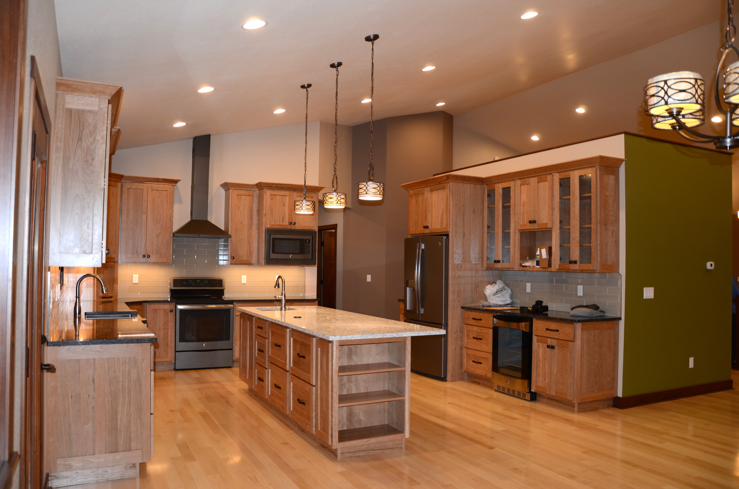 custom-home-build-kitchen-Nill-Construction-jamestown-nd.jpg