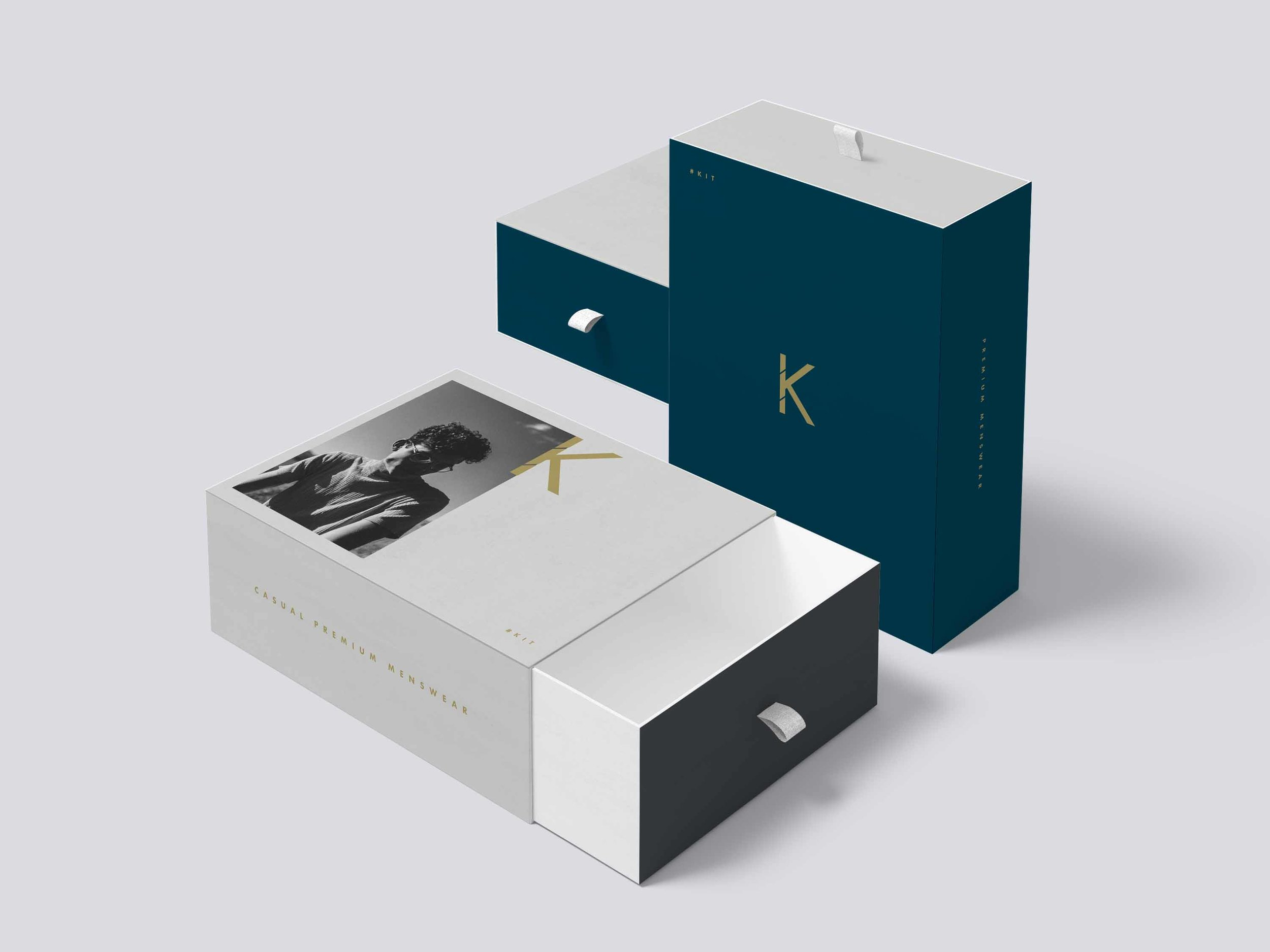 Kit - Cardboard packaging for shoes and shirts. No plastic is used for the premium brand.