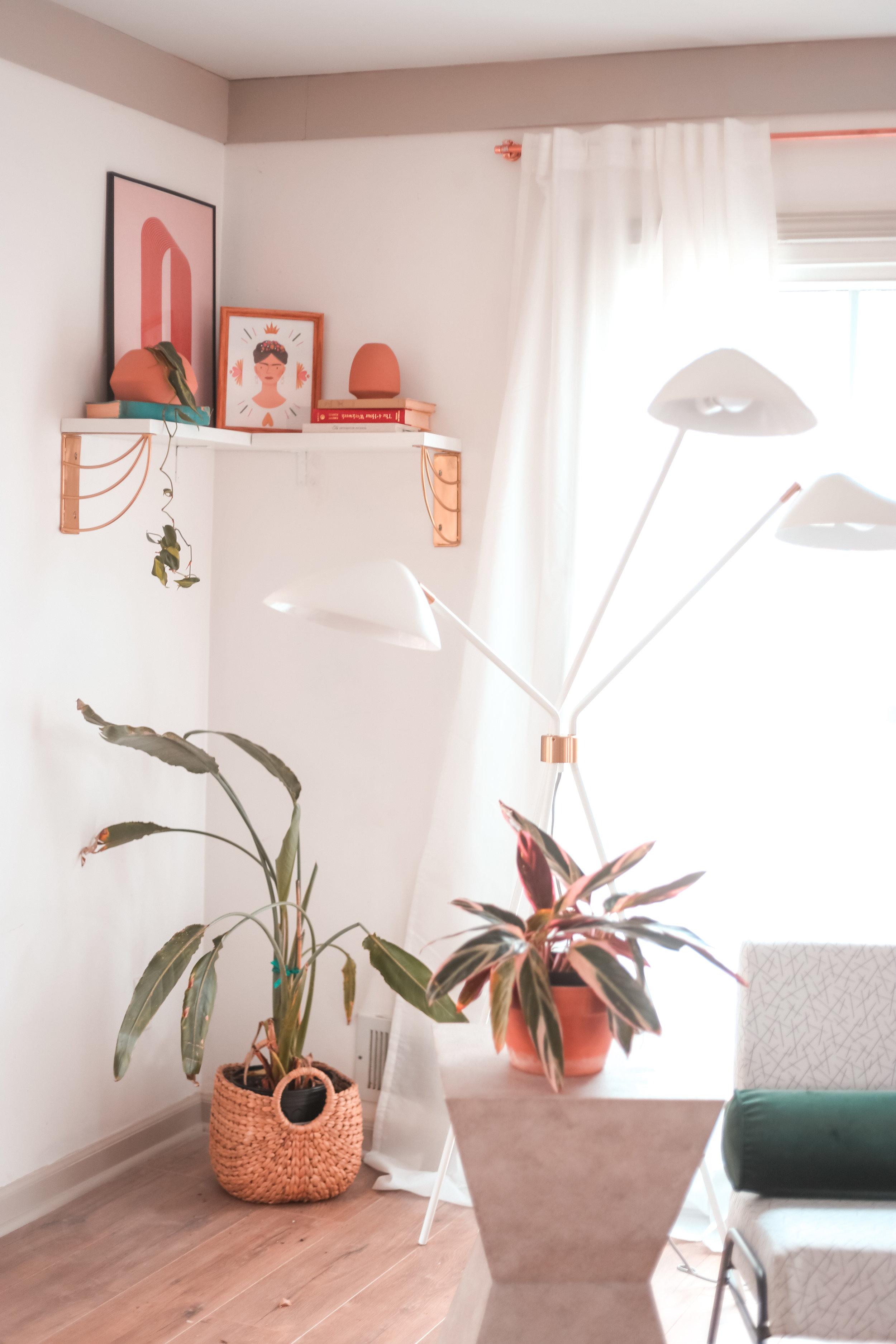 https://www.houseonasugarhill.com/blog/how-to-install-a-corner-wall-shelf