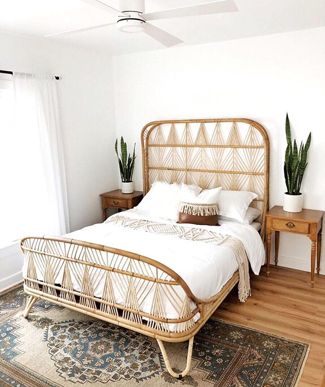 Question?! Where are your favorite places to shop for a bed?! . I sold my headboard a year ago and still haven't replaced it with anything! It's about time start looking! I'm a fan of @westelm  and @urbanoutfittershome (But they only sell Queen and Twin sized beds 😭😭). Any recommendations?! . Loving this gorgeous bed from @cottageandsea . She is this week's winner of #makehomematter ! Happy to have you on board this week girl! . A big thank you to @boneill_athome for being a top notch co-host this week! . Keep sharing with #makehomematter for your chance to be featured! And make sure you are following all the hosts! . @alma_rchavz  @thathouseongreenfield  @houseonasugarhill  @cottageandsea . . . . . . #hometohave #mydecorvibe #originmagazine #dominomag #mydomino #mybohoabode #homeinterioruk #anthrohome #uohome #lovewhereyoudwell #makehomematter #sunsetmag #inmydomaine #showmeyourstyled #kismetcheckoutmyhouse #smmakelifebeautiful #heyhomehey #modernbohemian #amazon #targethome #nesttoimpress #apartmenttherapy