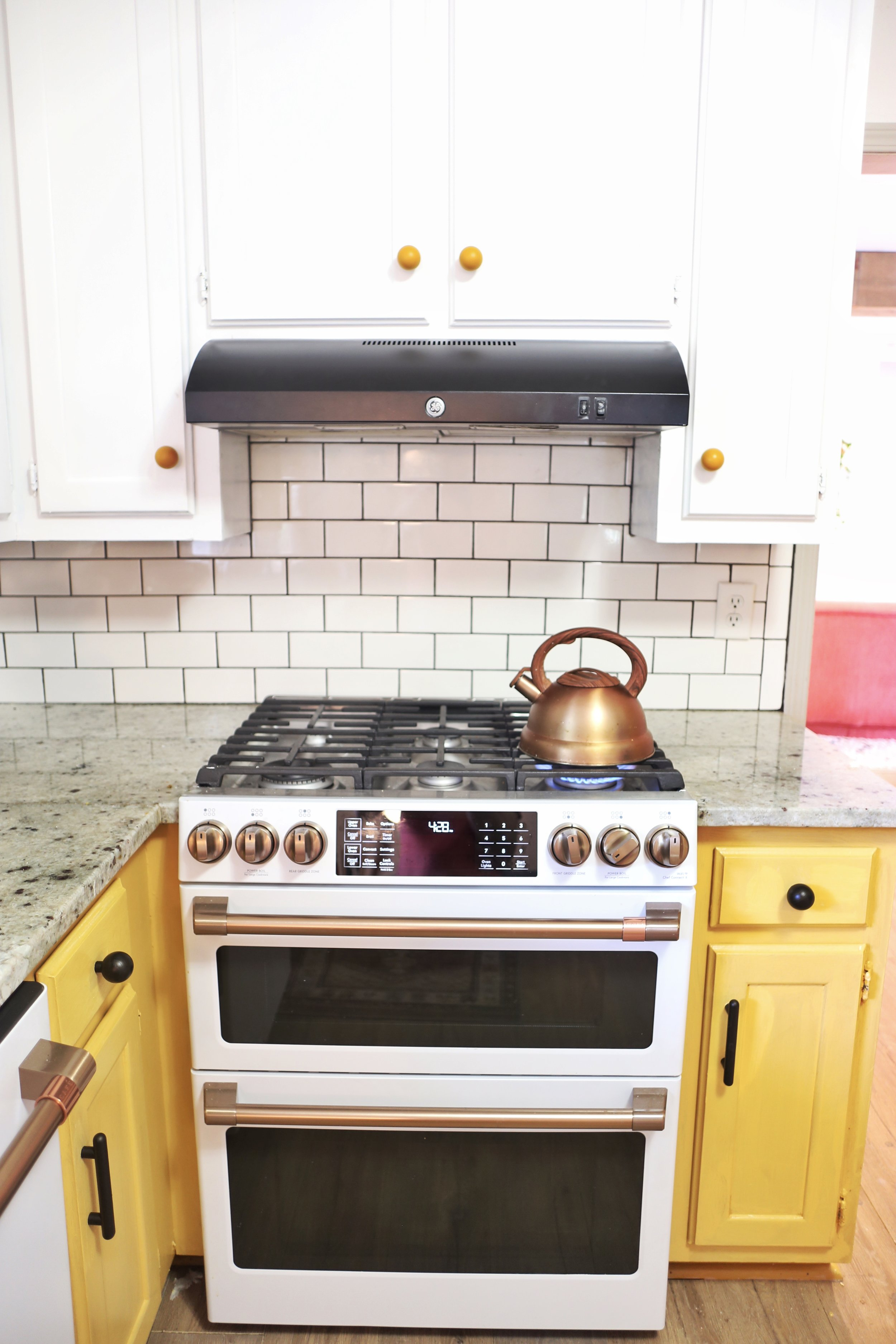 How to Paint a Range Hood