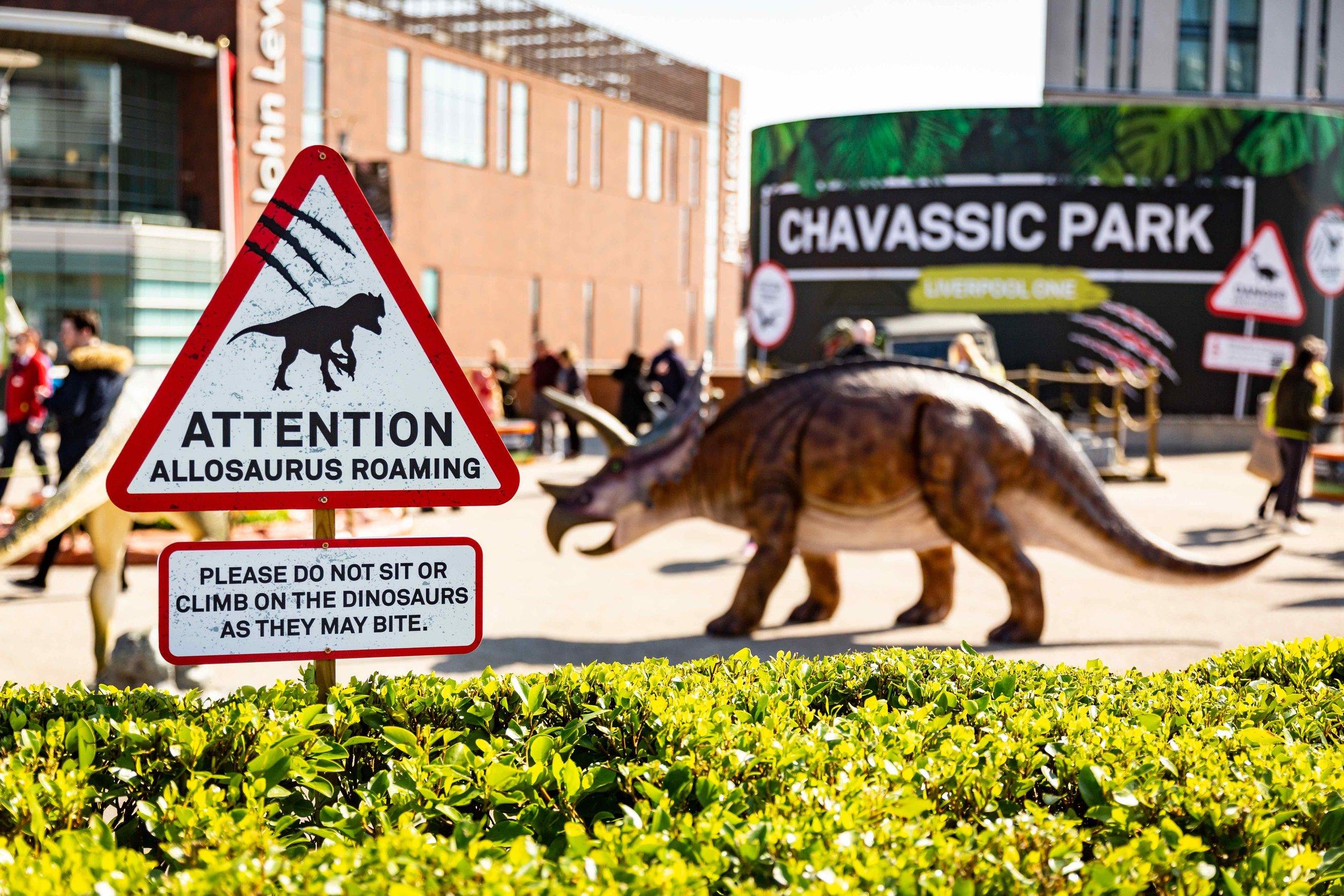 Liverpool ONE - Jurassic Invasion 1[1].jpg