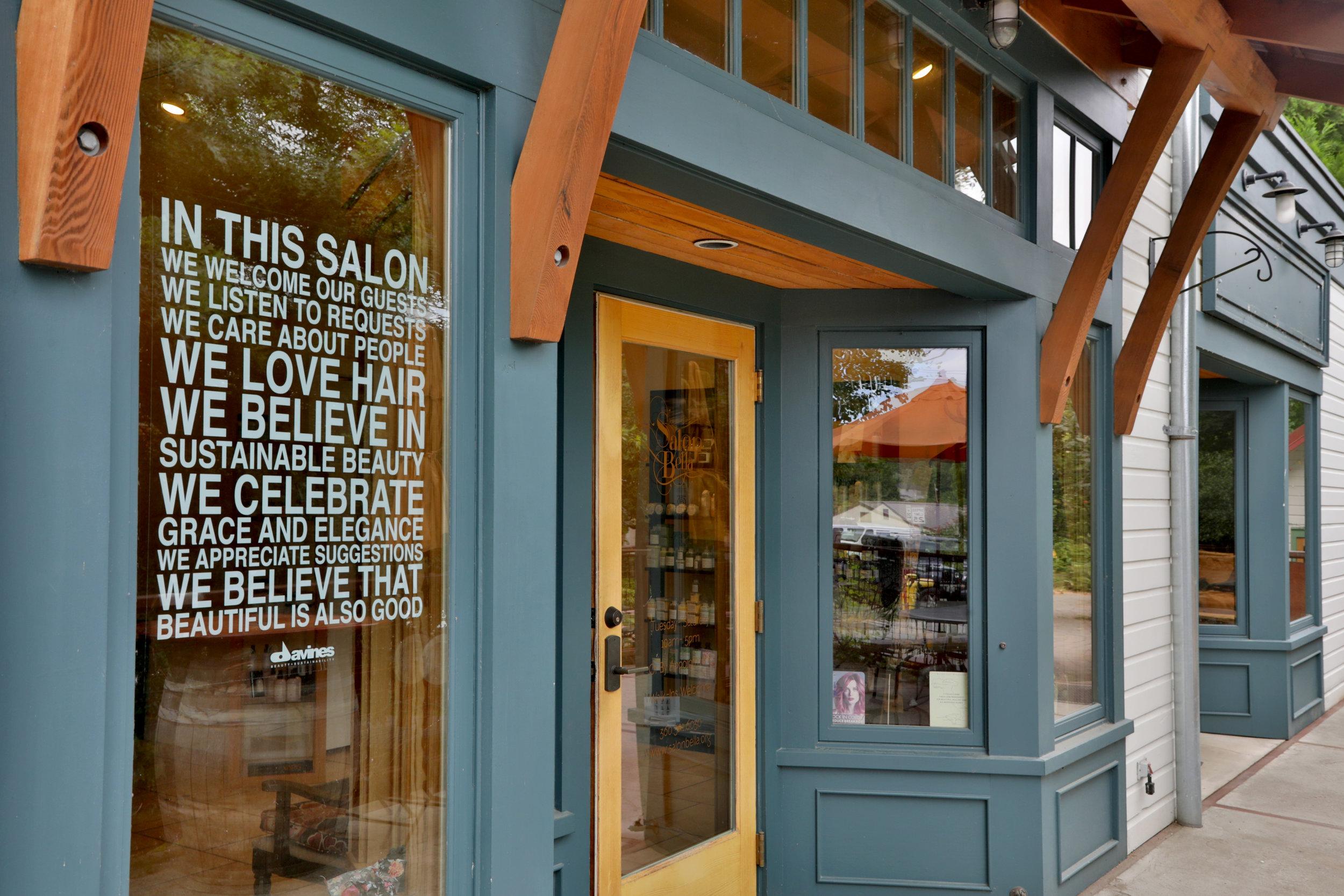 Main Entrance to Salon Bella (Handicapped Accessible)