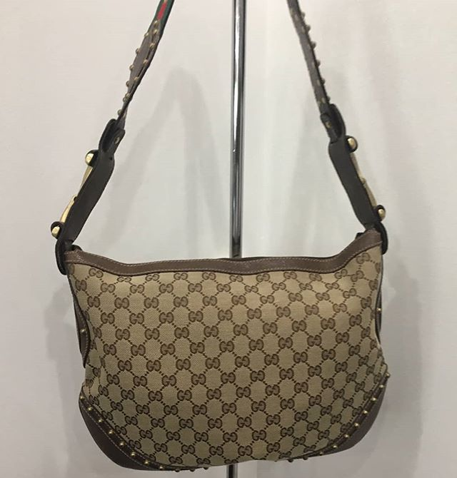This is the perfect handbag to show Mom how much you appreciate her.  Gucci Handbag Price $595  Stop by our store Monica's Consignment and Boutique, 10475 Medlock Bridge Rd, Johns Creek, GA 30097 Tuesday – Saturday | 10am – 6pm Sunday – Monday | Closed, Appt Only Call to ship (770) 623-0062  #atlantaconsignmentstores #johnscreek #alpharetta #consigndivajc #thrifting  #johnscreekboutique #thriftingatlanta  #consignment #consignmentatlanta #thriftyfinds #consignment #thriftingatlanta #thriftingdivas #resaleatlanta #guccihandbag #purse #handbag #designerbags #mothersday #bargainshopping #atlantaboutiques