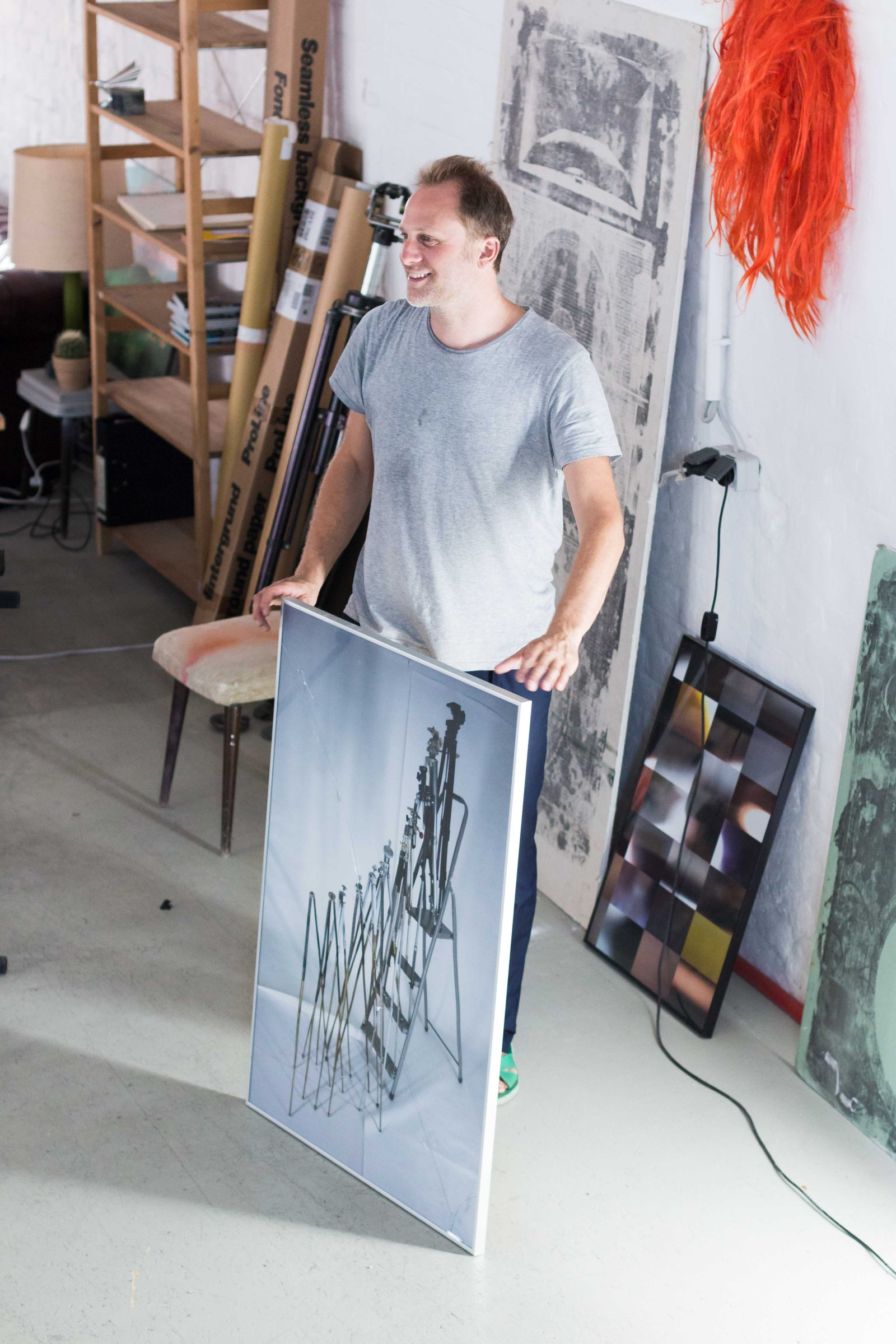 VISIT A CONTEMPORARY ARTIST'S STUDIO