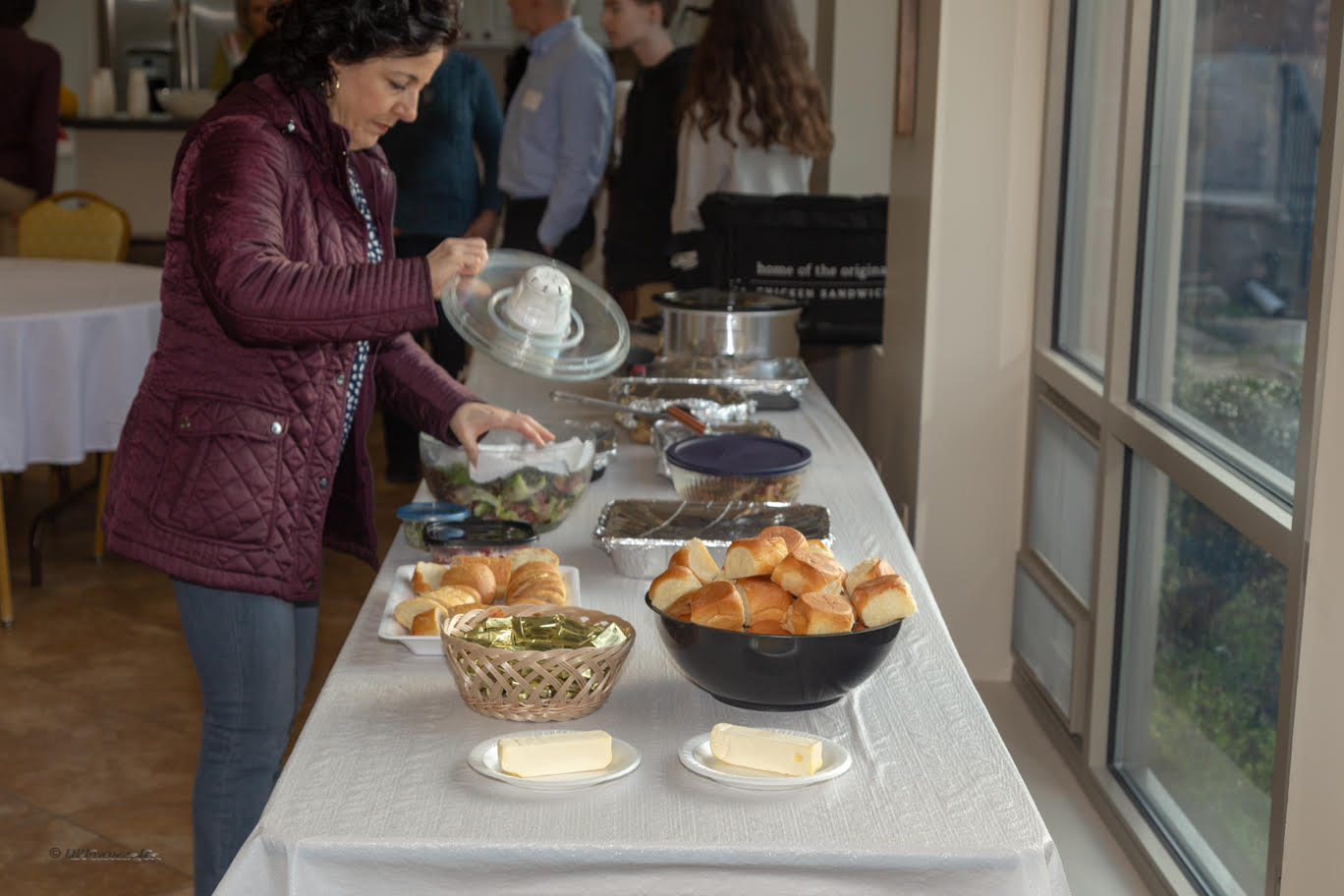 Fellowship and Food - The meal was very successful thanks to many hands!