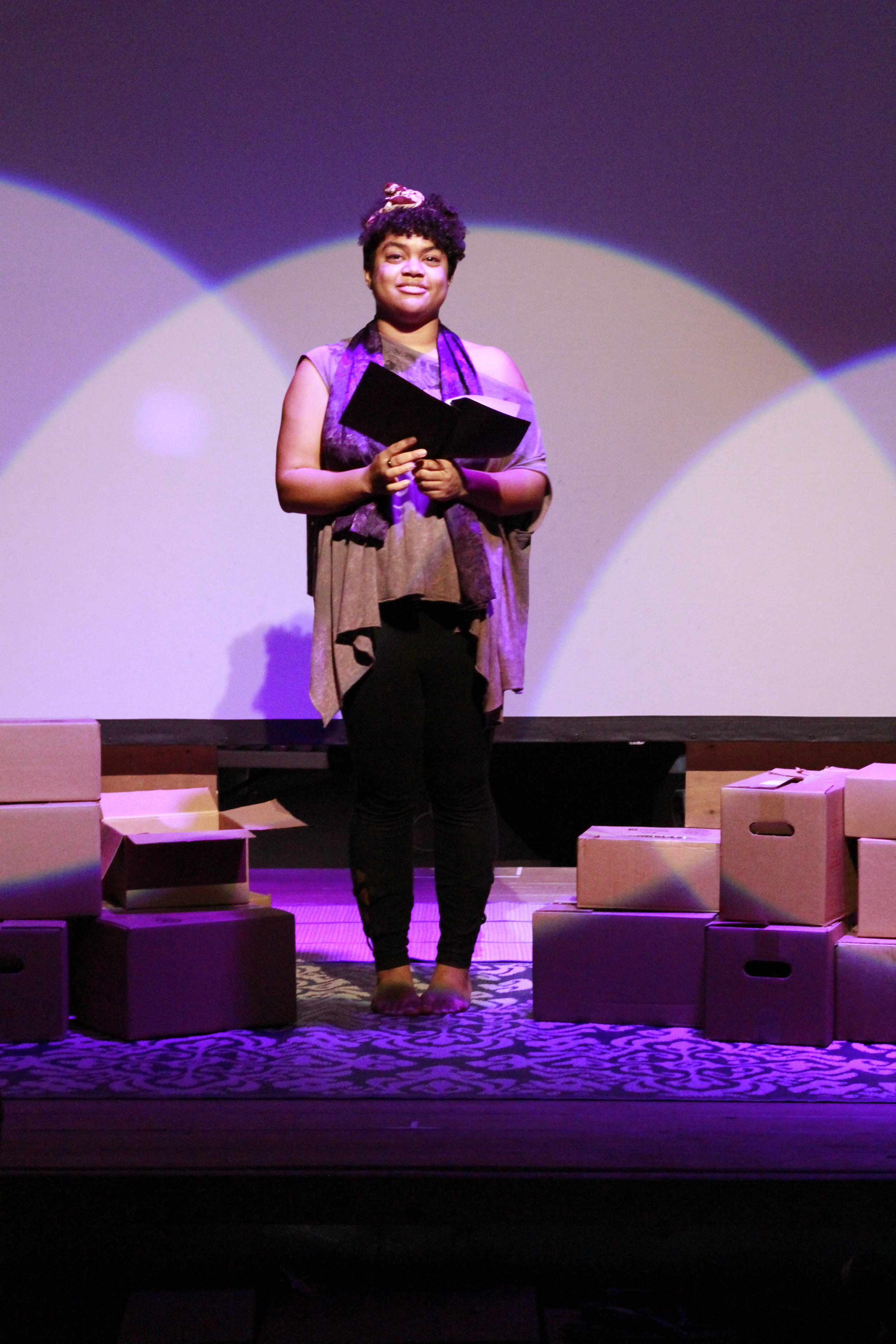 unboxed: a healing. Photo by Ronaldo Sepulveda II, OUTsider Festival 2018.