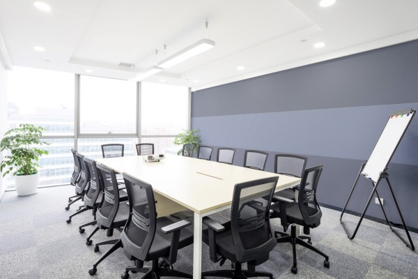 photo-of-a-commercial-office-conference-room-with-three-band-horizontal-stretched-fabric-wall-finishing-layout-Large-600x400.jpg