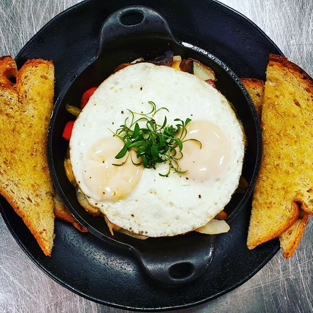 It's Thursday that means the special is BREAKFAST FOR DINNER (or lunch)....portobello fajita hash with honey buttered wheat toast, $8