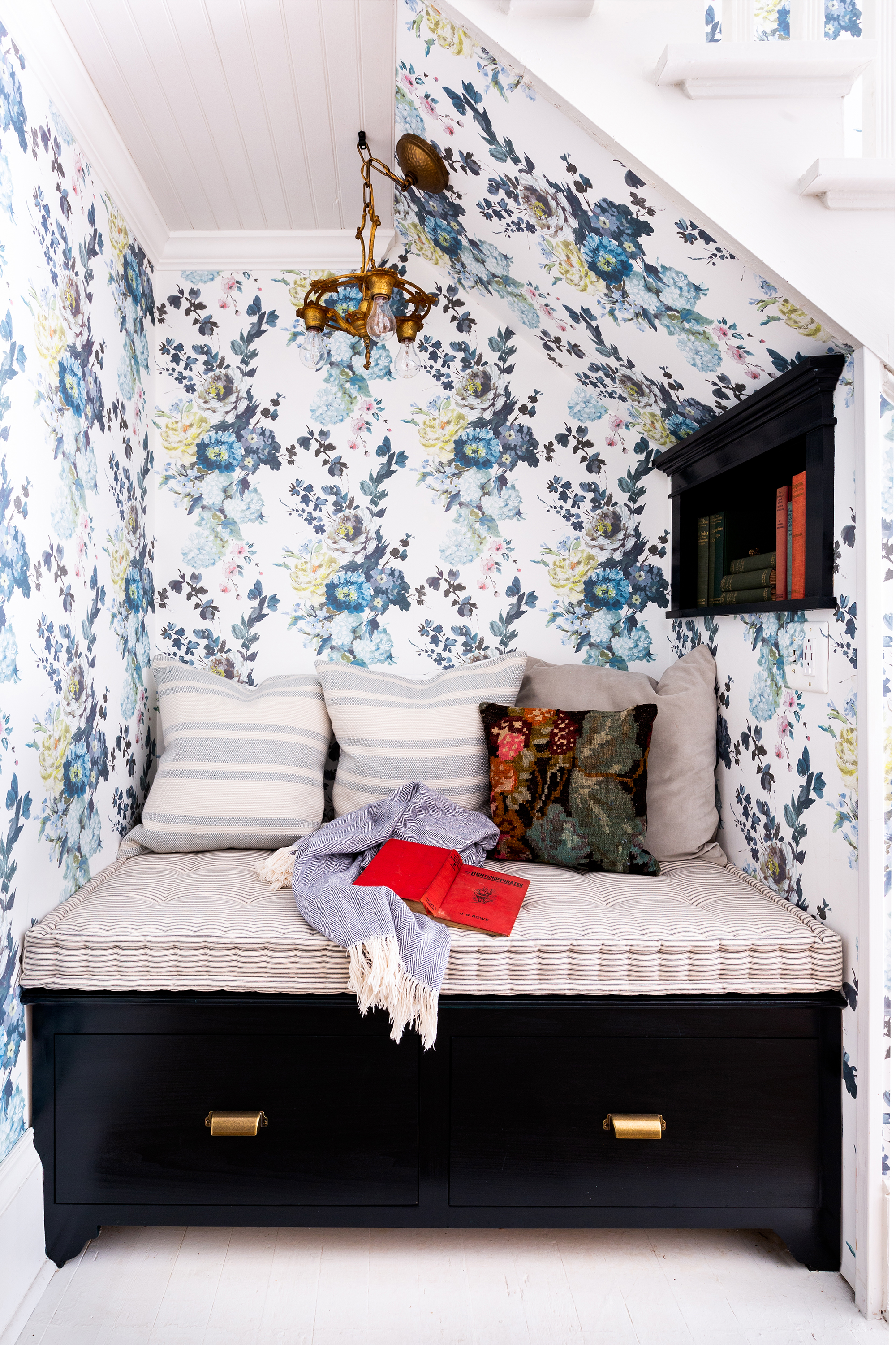 """Fox Country Farmhouse, like all of the White's Room and Board retreats, is a beauty with plenty of toughness. Holly's got three young kids and a breakneck schedule, so she wants """"a gorgeous home that can handle some real-world wear,"""" she says."""